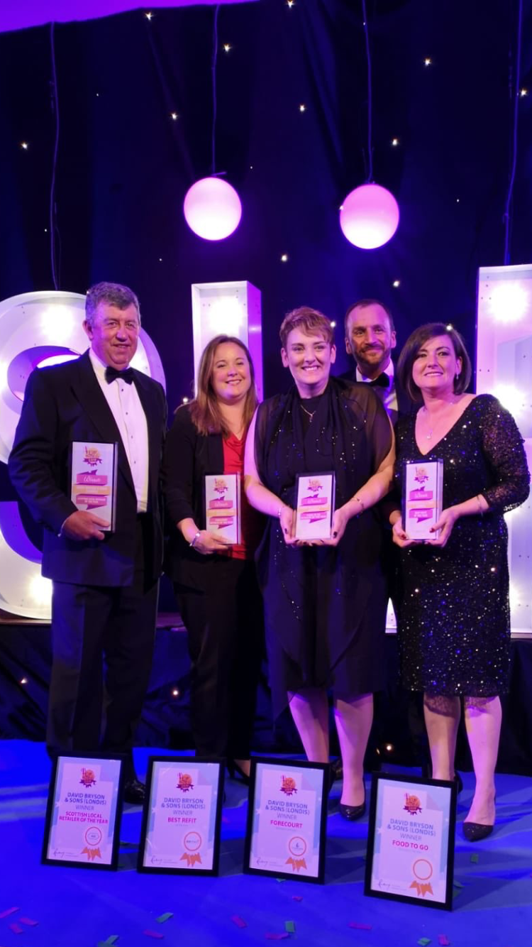 CBE customer scoops 4 awards at the Scottish Local Retailer Rewards in Glasgow